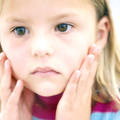 Child-sad-240-j-4572636