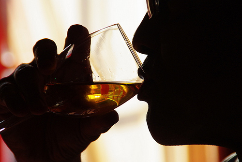 10 Ways To Tell Problem Drinking From Alcoholism